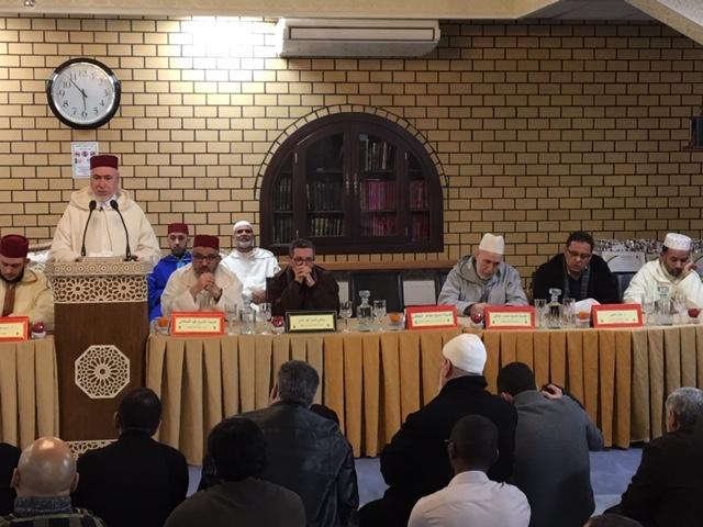 تكريم الشيخ الجليل الطاهر التجكاني في عرس بهيج بمسجد الفتح ببروكسيل.