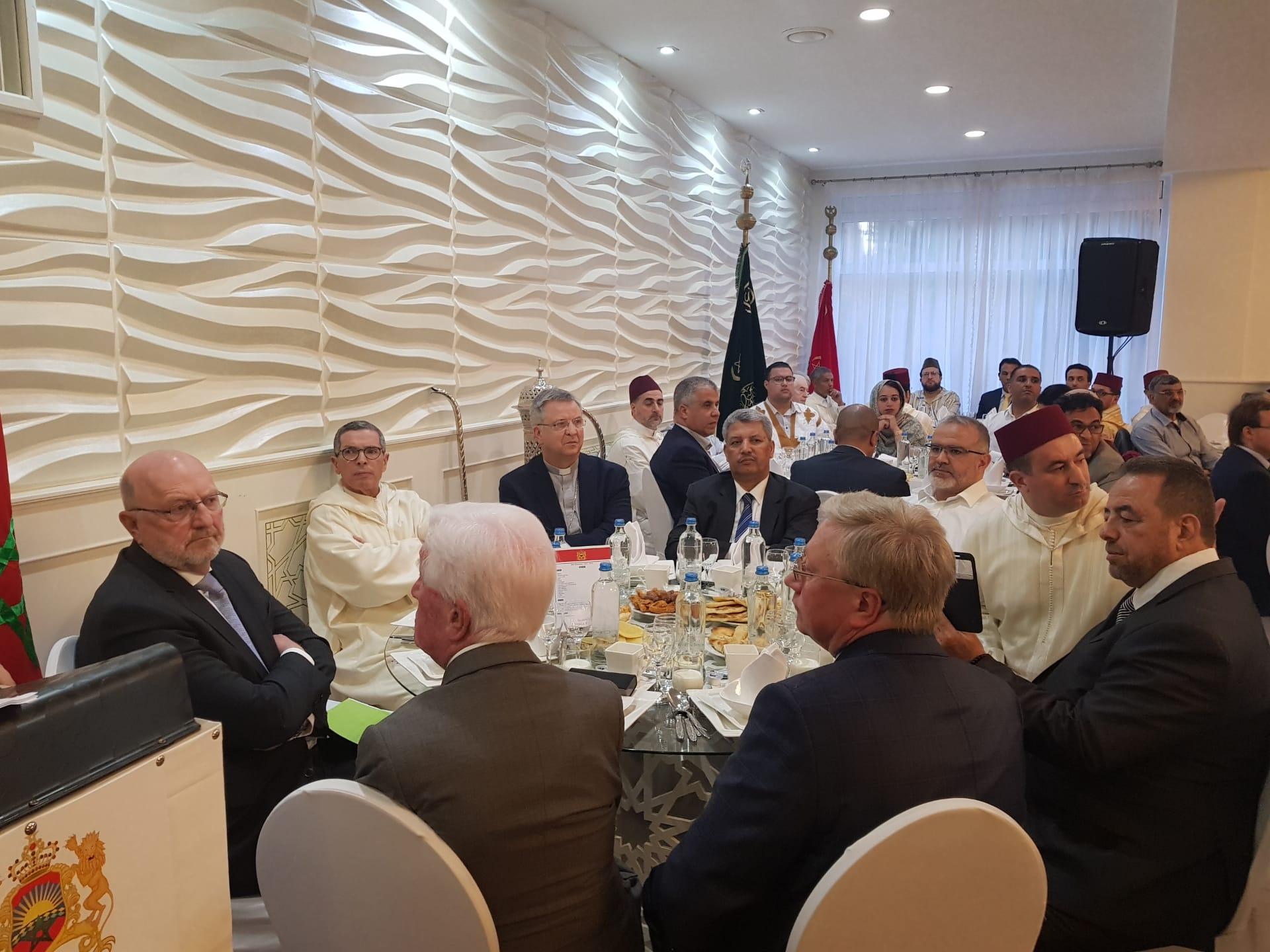 سفارة المملكة المغربية ببلجيكا و القنصلية العامة للمملكة المغربية بأنفرس تقيمان حفل إفطار بهيج.